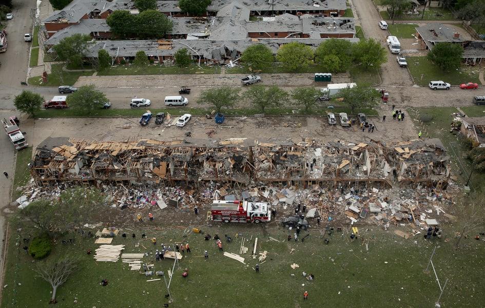 01 texas explosion 0419