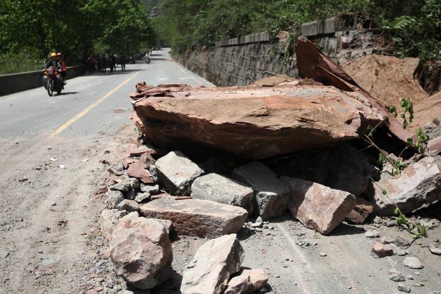 08 sichuan quake 0420