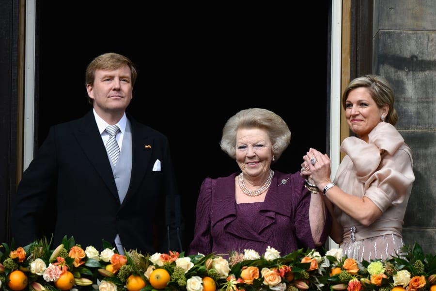 Dutch royal family balcony