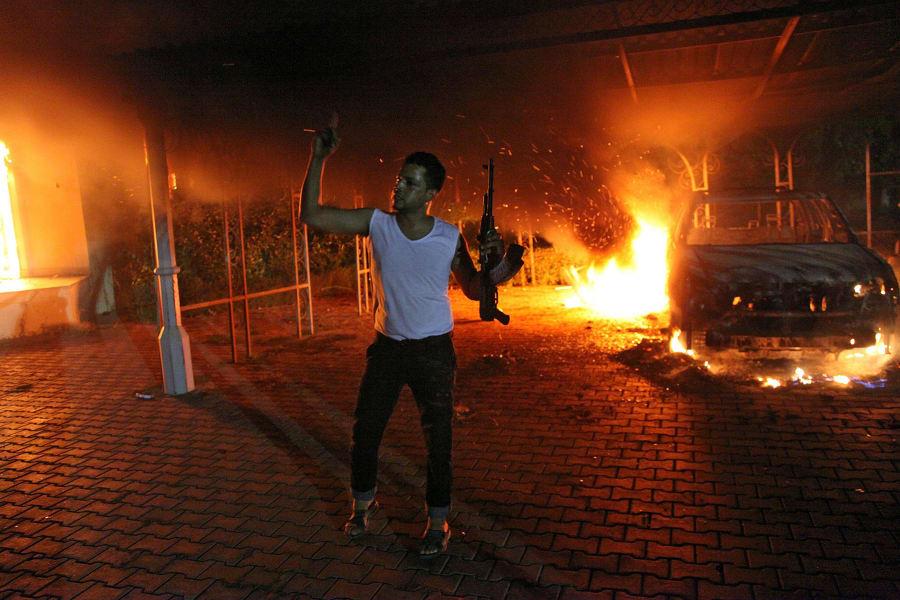Benghazi man rifle.file.gi