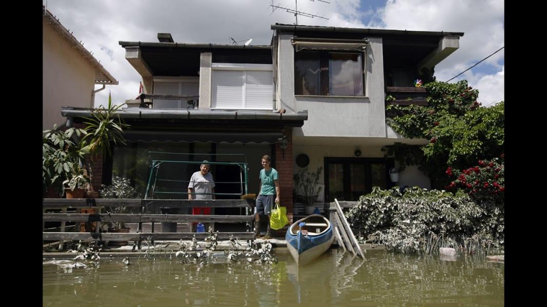 01 euro floods 0612