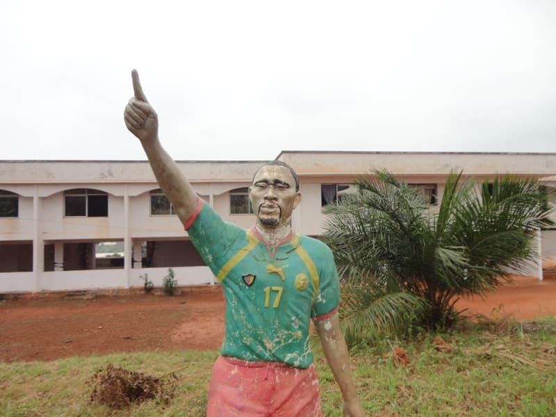 gallery foe statue