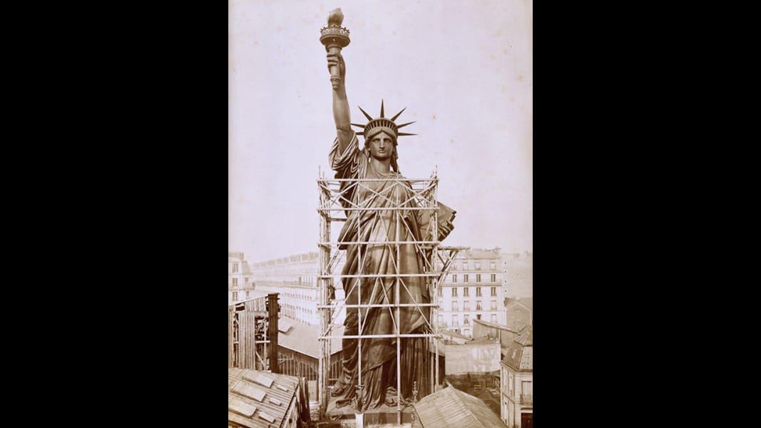 1 statue of liberty