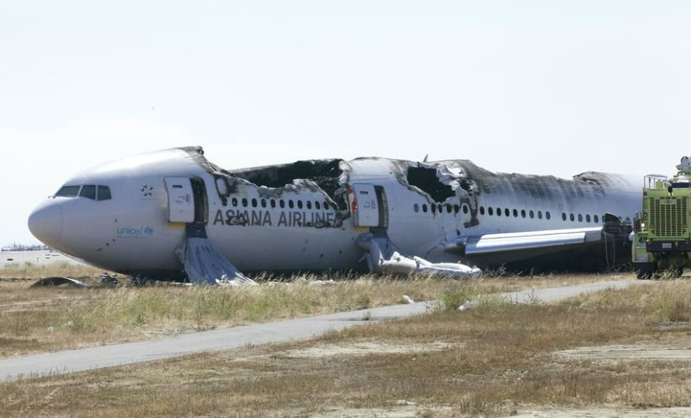 52 san francisco plane crash