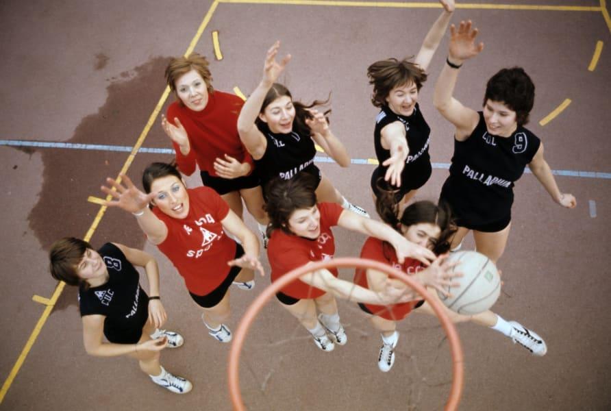 women pioneers basketball RESTRICTED