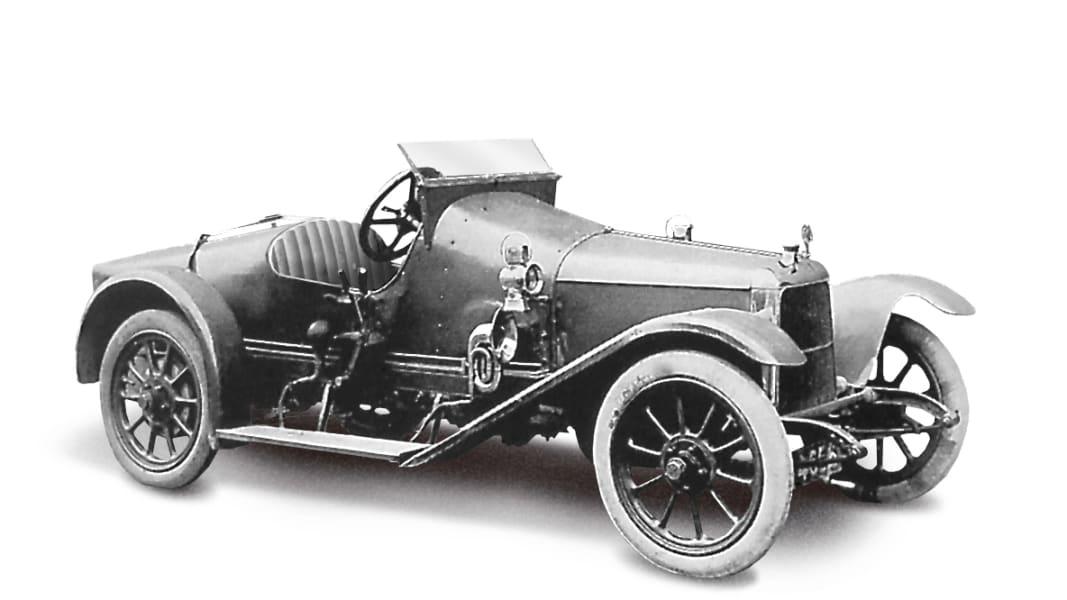 23 1914 coal scuttle