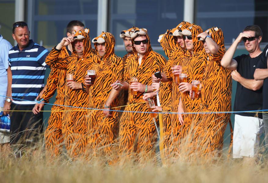 golf open tiger fans