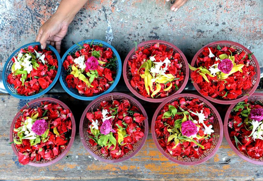 eid indonesia food offering