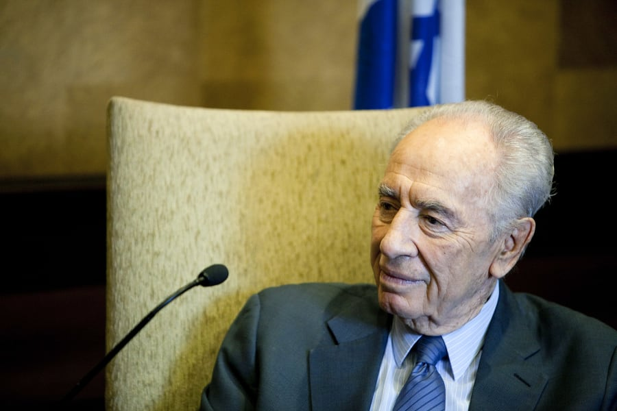 Oldest leaders Peres
