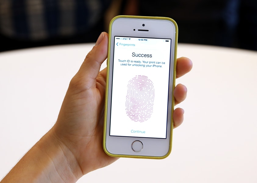 iPhone 5S fingerprint scan