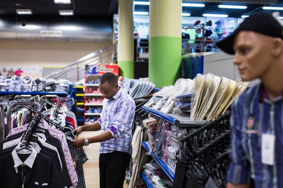 02 westgate mall 0924