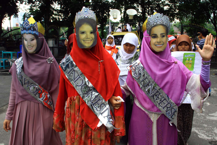 indonesia miss world protest 3