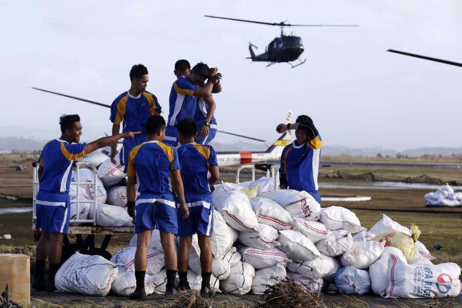 09 typhoon relief 1111