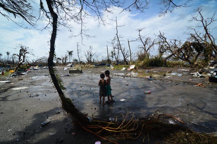 10 typhoon children 1111