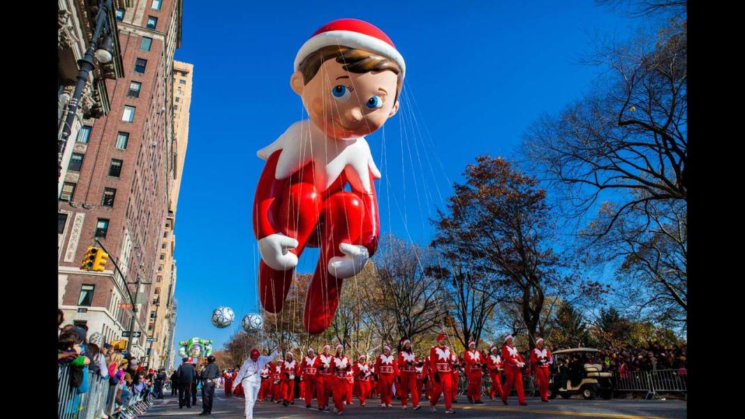 28 macy's parade balloons