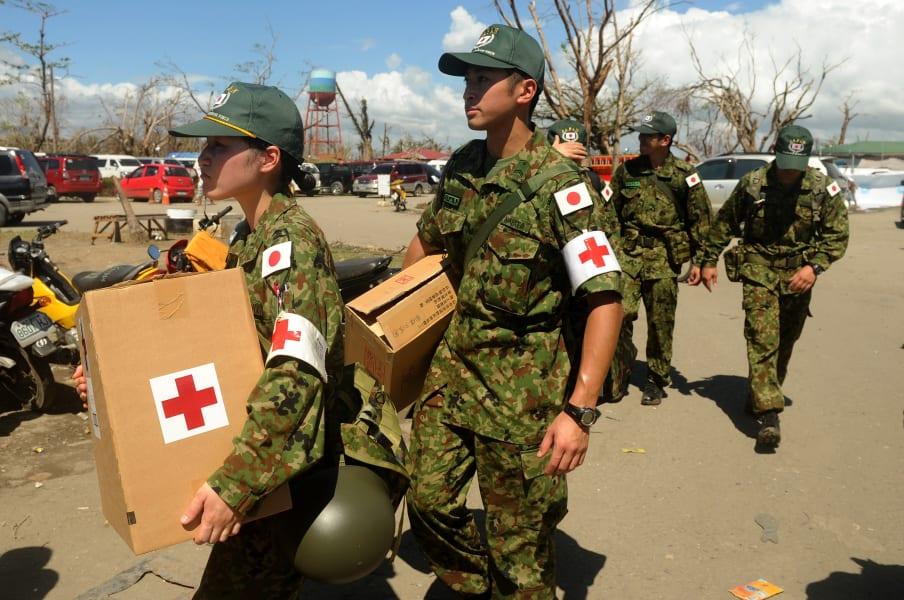 03 typhoon relief 1127