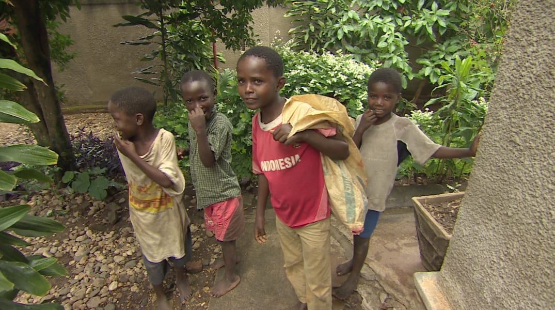 mama dimanche burundi street children food