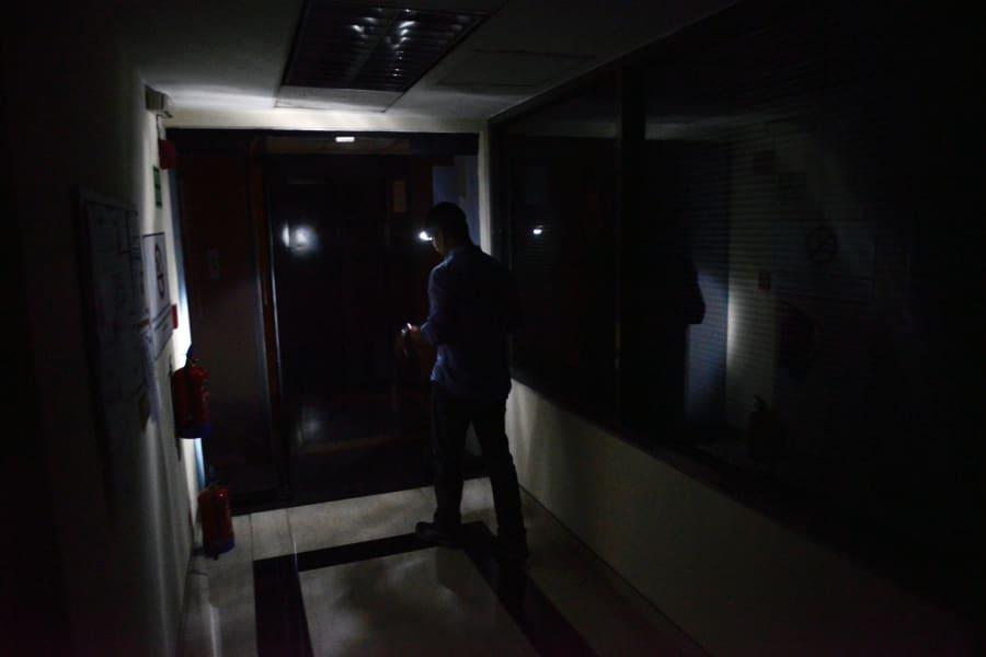 caracas blackout dec 2 2