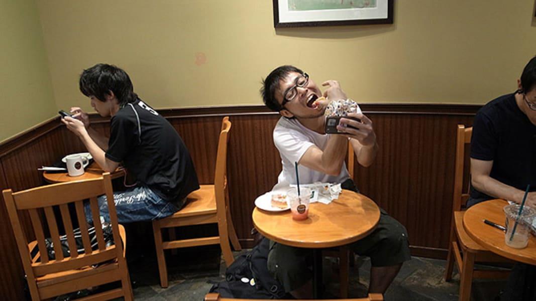 japan one-man date 12