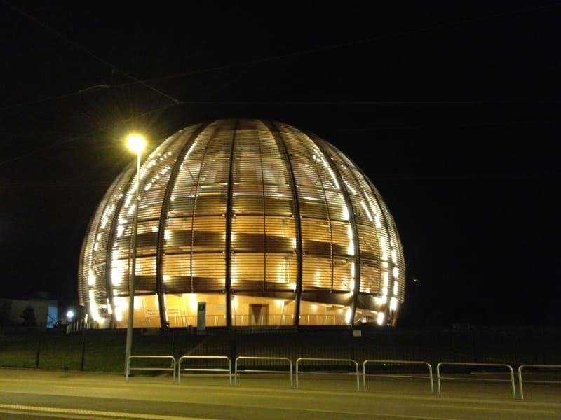 01 CERN