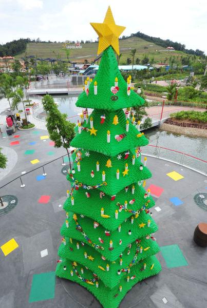 Christmas trees - legoland