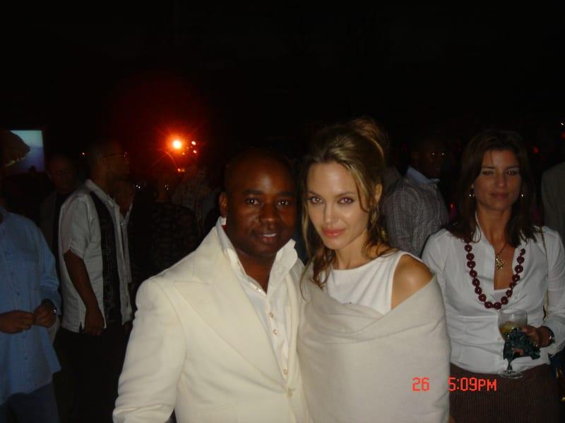 Chris Aire Angelina Jolie