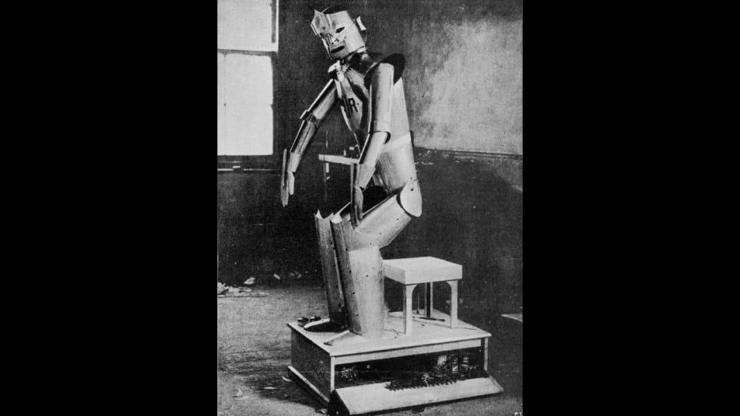02 robots capek
