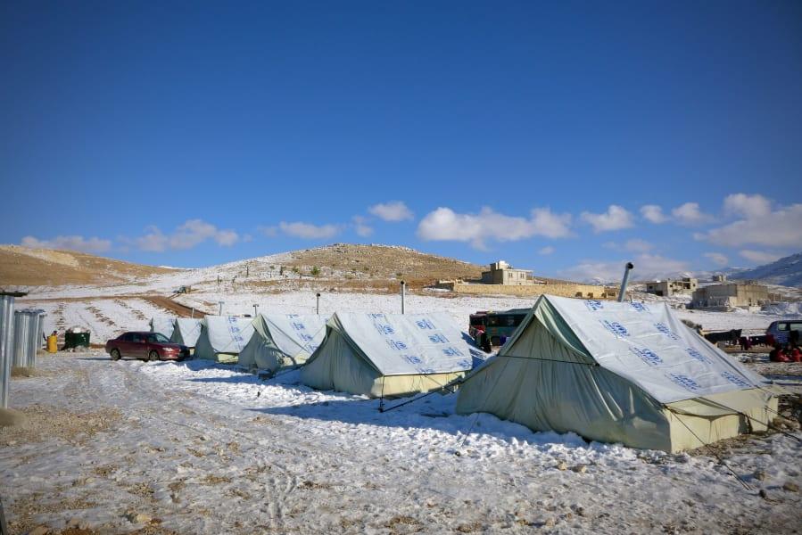 02 syria refugees snow