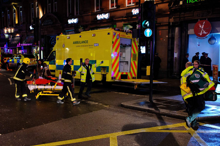 london theater apollo collapse