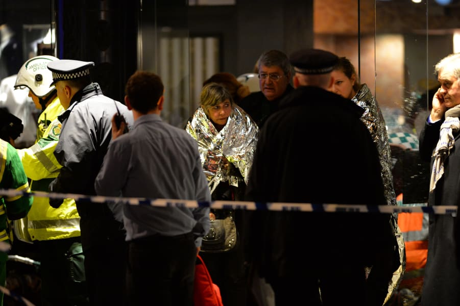 london theater apollo collapse emergency personnel 2