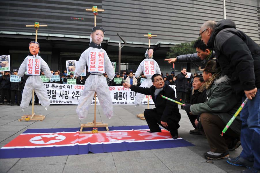 03 south korea protests 1217