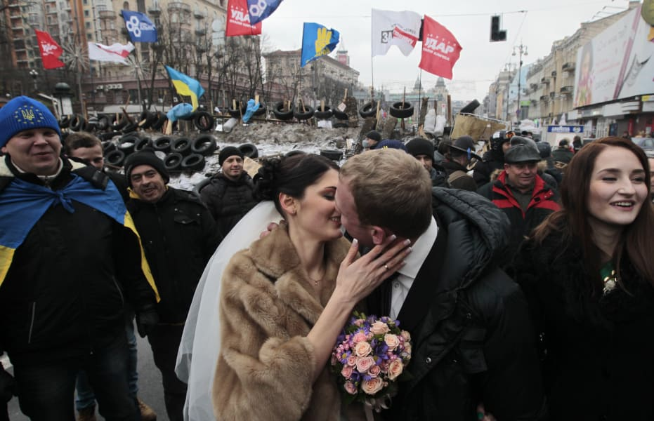 01 ukraine protests 1222