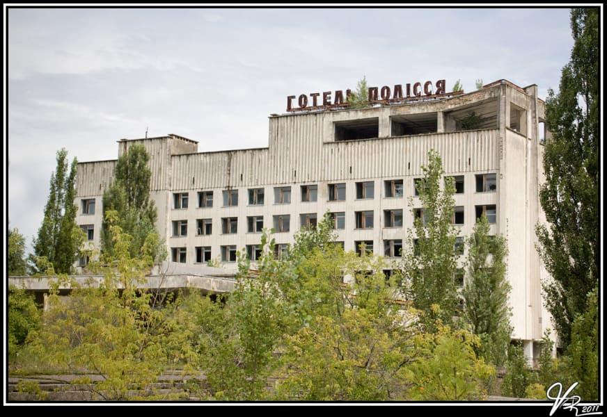 world abandoned hotel-ukraine
