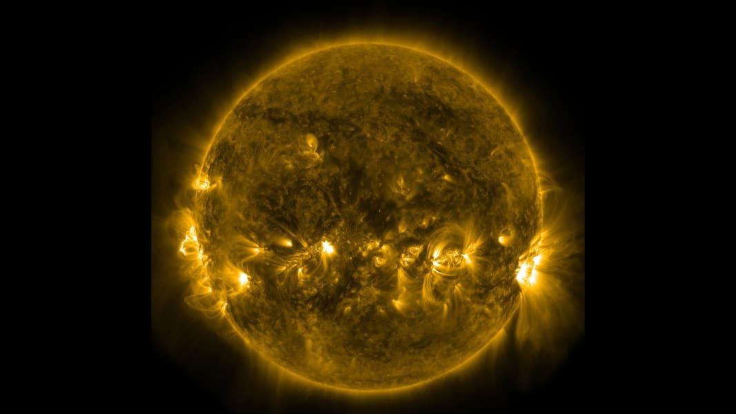 The Sun 1231