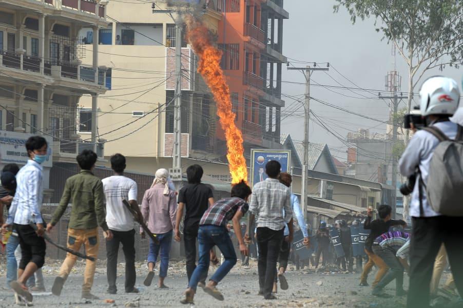 cambodia protest 15