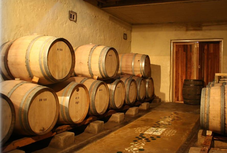 African wine Zimbabwe distillery