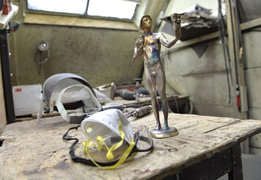 01 sag statuettes - restricted