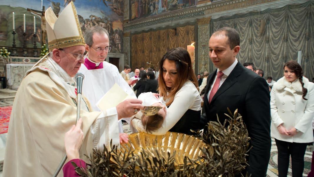 01 pope baptisms 0112