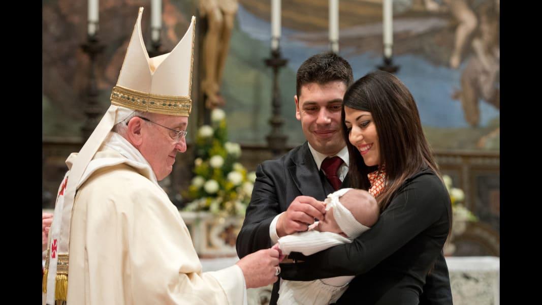 02 pope baptisms 0112
