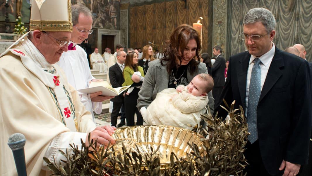 06 pope baptisms 0112