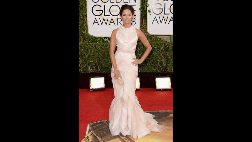 01 golden globes red carpet - Rocsi Diaz