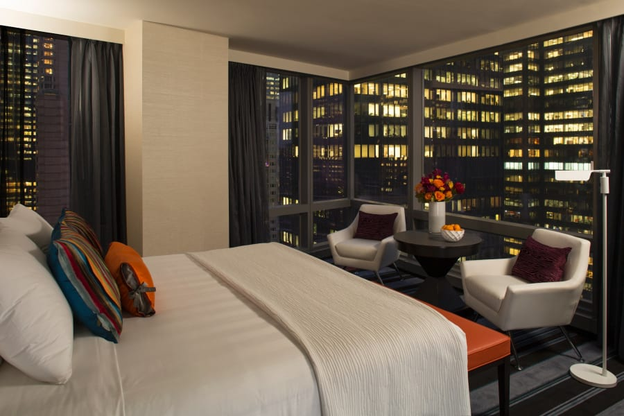 nyc tallest hotel night bedroom
