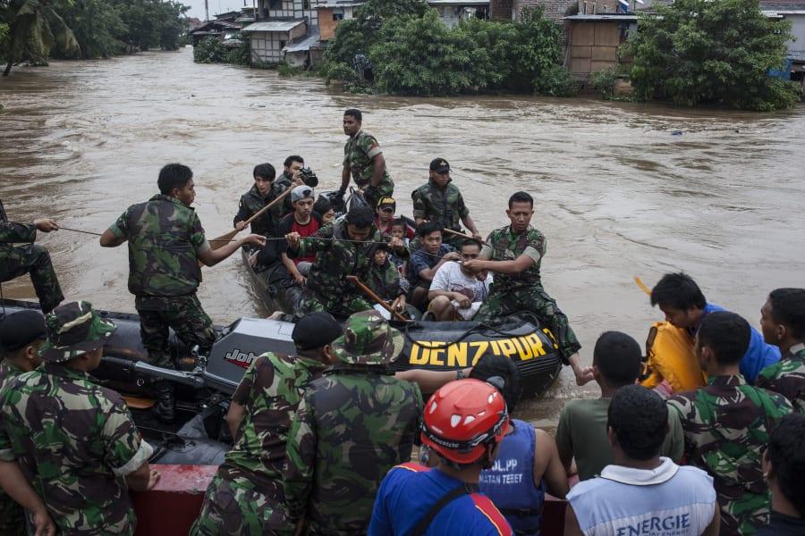 indonesia flood 3