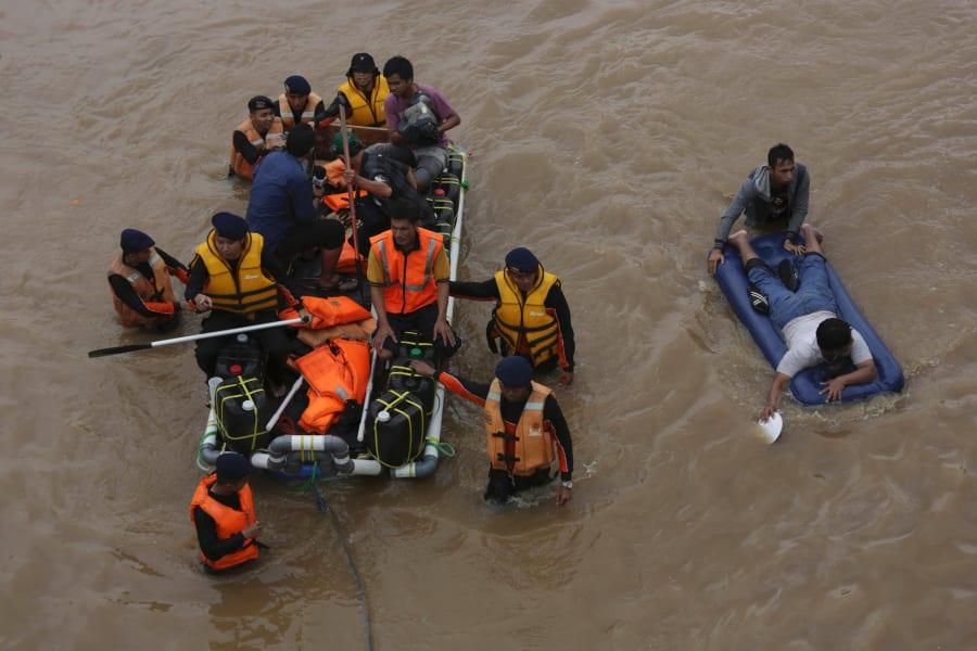 indonesia flood 5