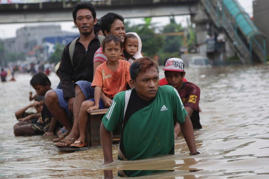 indonesia flood 7
