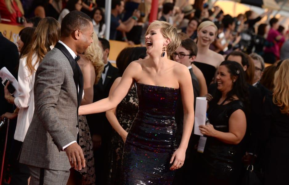 sag red carpet - Cuba Gooding Jennifer Lawrence