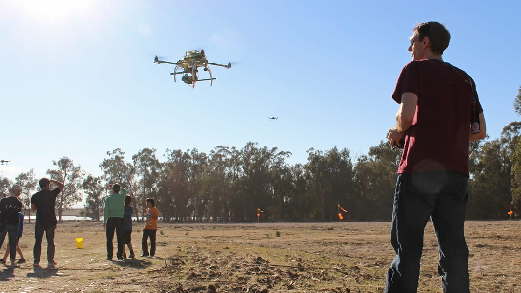 drone-fly-in-2