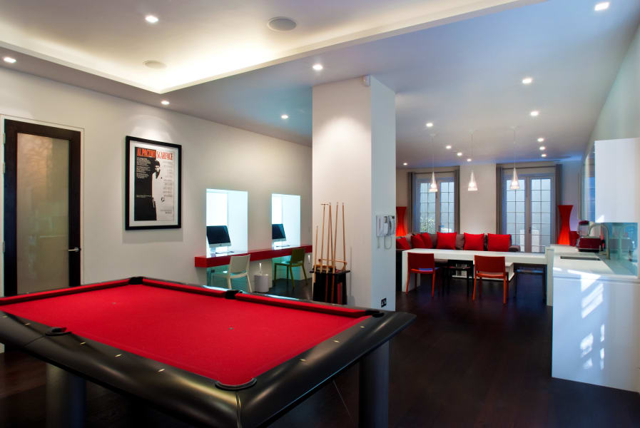 london basement games room