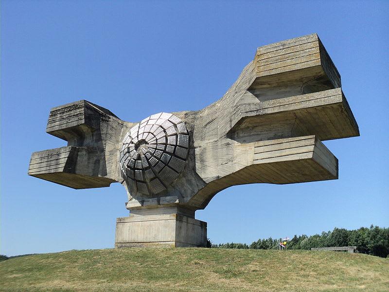 ugly monuments spomeniks