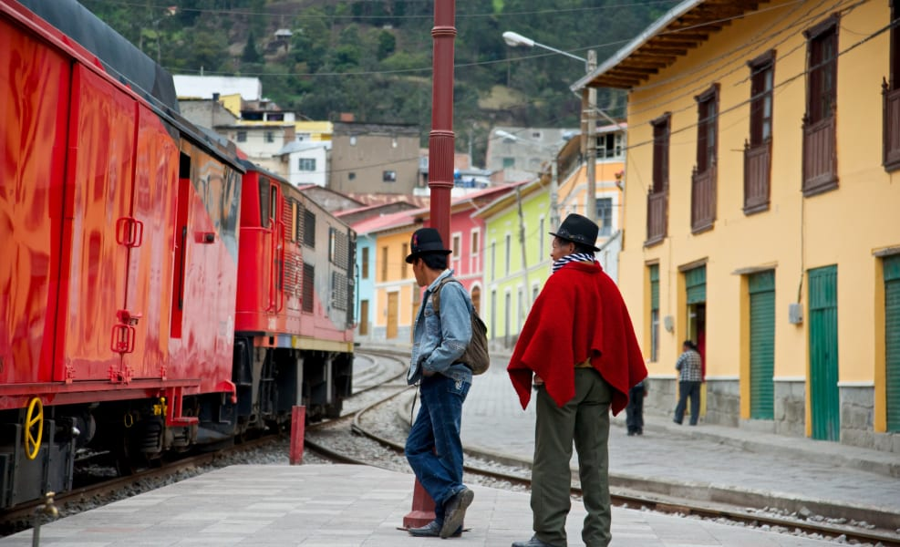 ecuador train-l